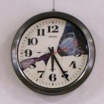 油彩、廃品の時計